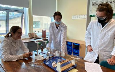 Huish Chemists get practical in RSC Schools' Analyst Competition