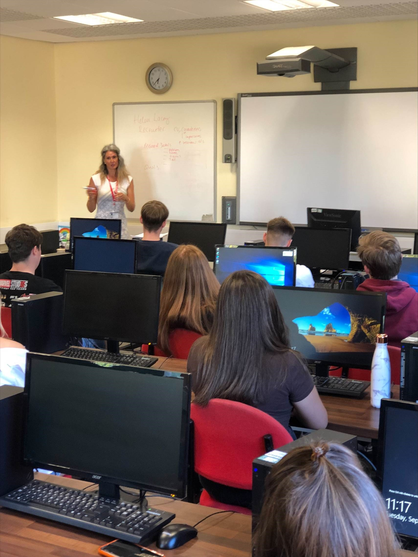Business students in lesson with Helen Lacey from HR GO